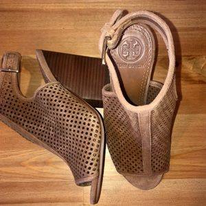 Tory Burch Jessie perforated stacked heel bootie